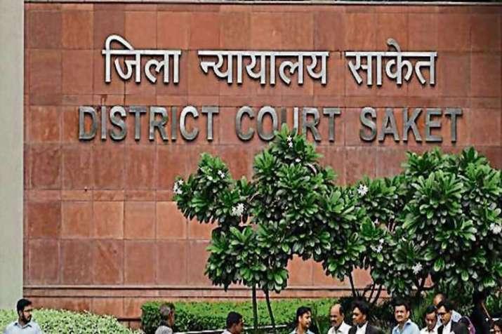 Prisoner commit suicide in Delhi's Saket court- India TV