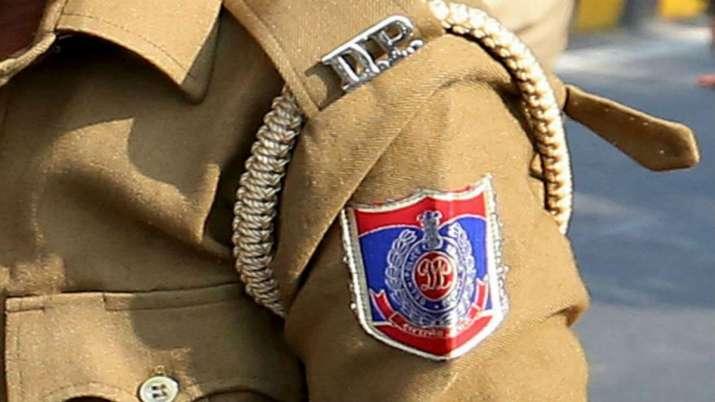 Delhi Police will forcefully retire corrupt and unproductive policemen- India TV