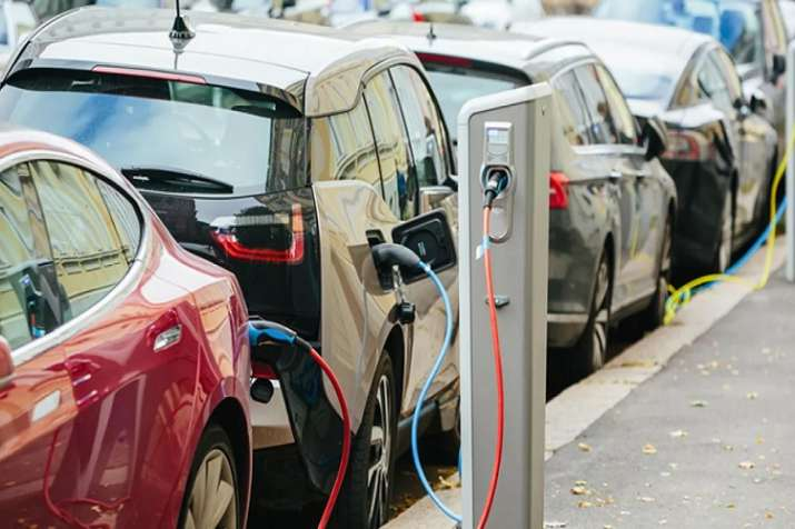 GST Council to decide on tax cut on electric vehicles this week- India TV Paisa