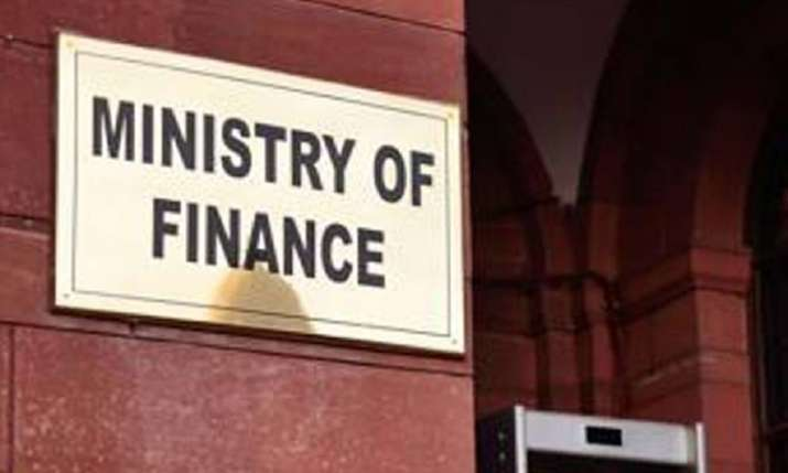 Govt to soon issue clarification on applicability of surcharge on FPIs- India TV Paisa