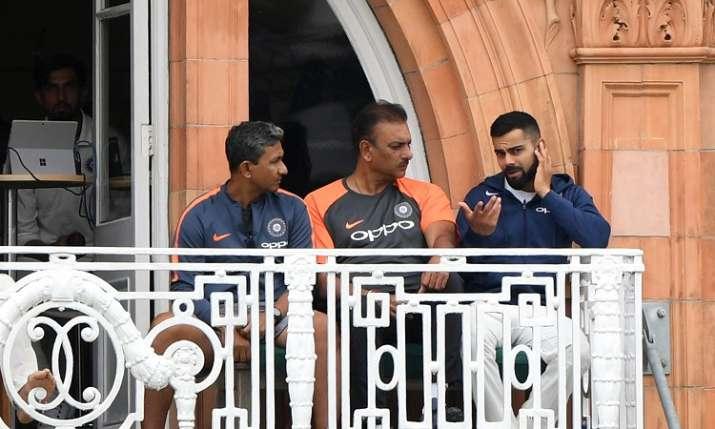 60 साल से कम उम्र का होगा टीम इंडिया का नया कोच, BCCI ने रखीं ये टर्म्स एंड कंडीशन्स - India TV