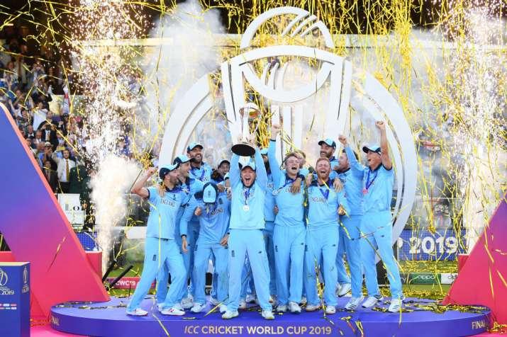 वर्ल्ड कप जीतने के बाद टीम न्यूजीलैंड- India TV