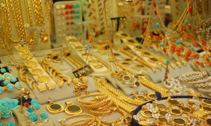 Gold prices zoom Rs 590 on custom duty hike- India TV Paisa