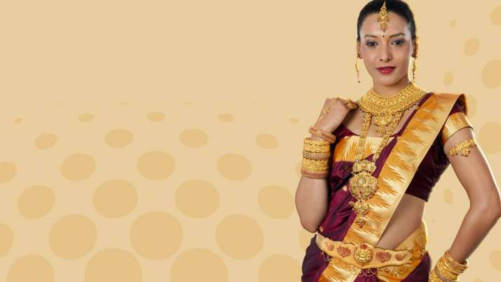 Gold touches all-time high of Rs 35,970 per 10 gram- India TV Paisa
