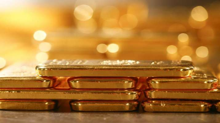 Gold falls Rs 250 on muted demand, weak global cues- India TV Paisa