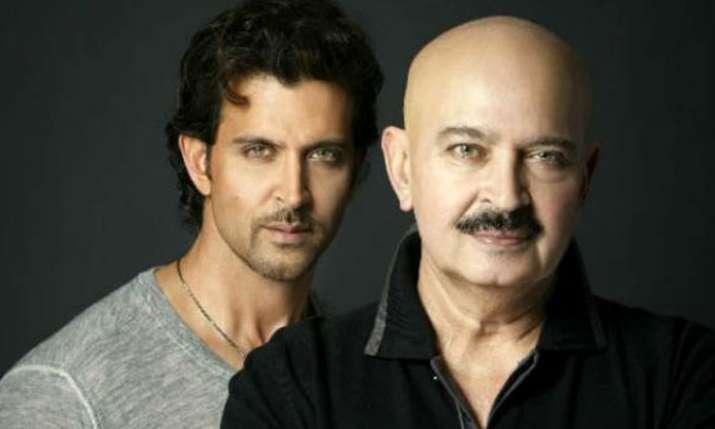 Hrithik Roshan with Rakesh Roshan- India TV