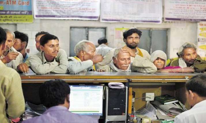 Deposits in Jan Dhan accounts cross Rs 1 lakh crore- India TV Paisa