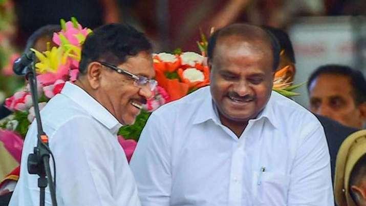 कर्नाटक के सियासी संकट में नया मोड़, कुमारस्वामी के दांव से विरोधी चौकन्ने- India TV