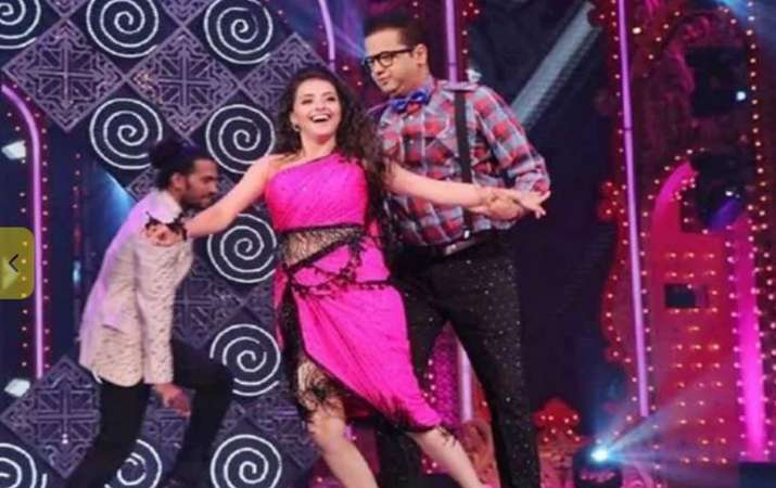 shrenu parekh slaps rahul mahajan while rehearsing for the grand premiere of nach baliye 9- India TV