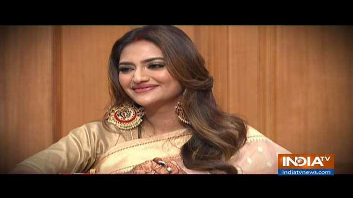 Nusrat Jahan, Mimi Chakraborty in Aap Ki Adalat- India TV