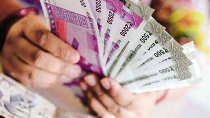 7th pay commission central government recommends pension retirement benefits for central government - India TV Paisa