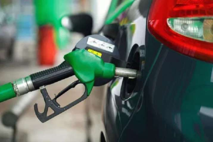 Petrol, diesel prices remained stagnant on Saturday 13 july 2019 Check today's rates here- India TV Paisa