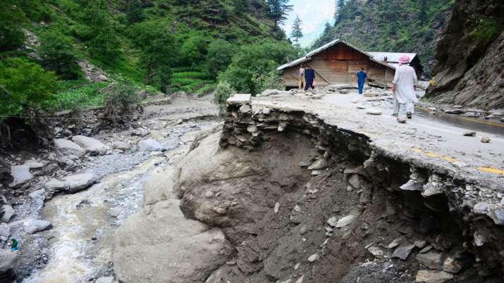 पीओके में अचानक आयी बाढ़ में 28 लोगों की मौत, 150 से ज्यादा मकान क्षतिग्रस्त- India TV
