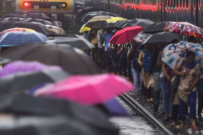 IMD says Monsoon likely to hit delhi in next 2 to 3 days...- India TV