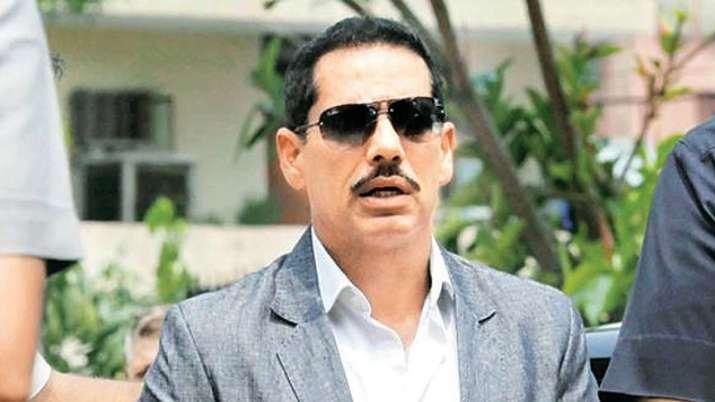 वाड्रा ने धन शोधन मामले में उनके खिलाफ कोई दंडात्मक कार्रवाई नहीं करने की अर्जी वापस ली- India TV