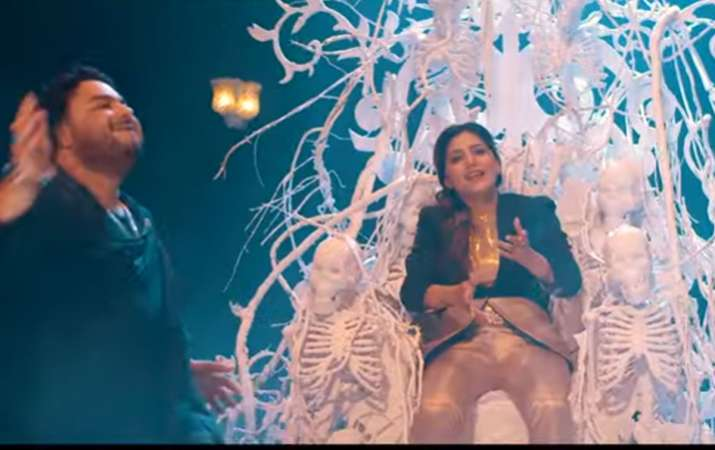 sapna choudhary dance on bhole ka swag video viral sawan 2019- India TV
