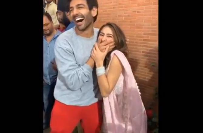 sara and karthik- India TV