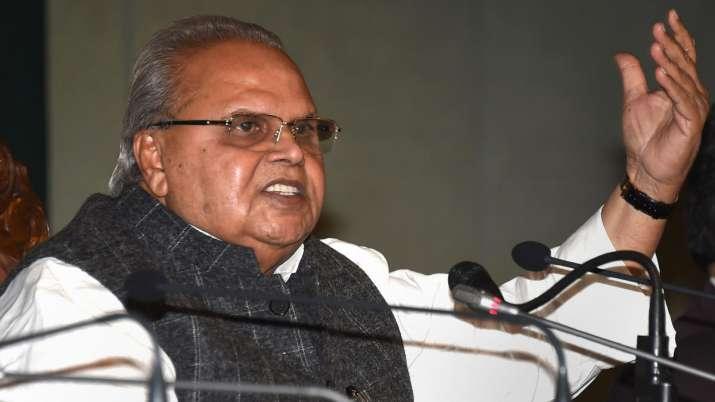 जम्मू-कश्मीर के राज्यपाल का बड़ा बयान, कहा-जिसको पाकिस्तान जाना है जाए- India TV