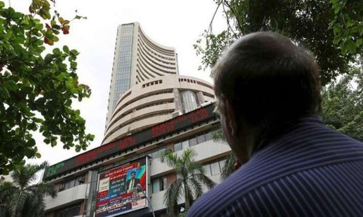 Sensex, Nifty extend gains ahead of Budget- India TV Paisa