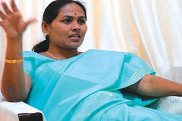 Karnataka CM HD Kumaraswamy should resign immediately says BJP leader Shobha Karandlaje- India TV