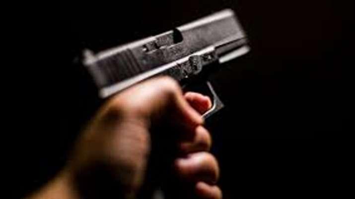 वीडियो में हत्या के वक्त अमेरिकी किशोरी के पास दिखी नकली बंदूक- India TV