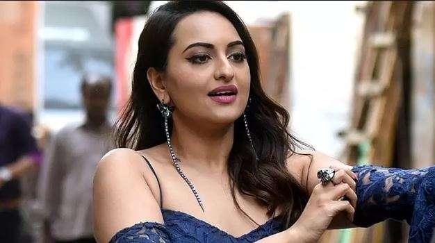 सोनाक्षी सिन्हा- India TV