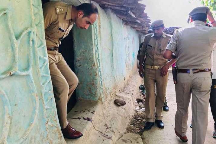 S P Salman Taj Patil visits the house of a victim killed...- India TV