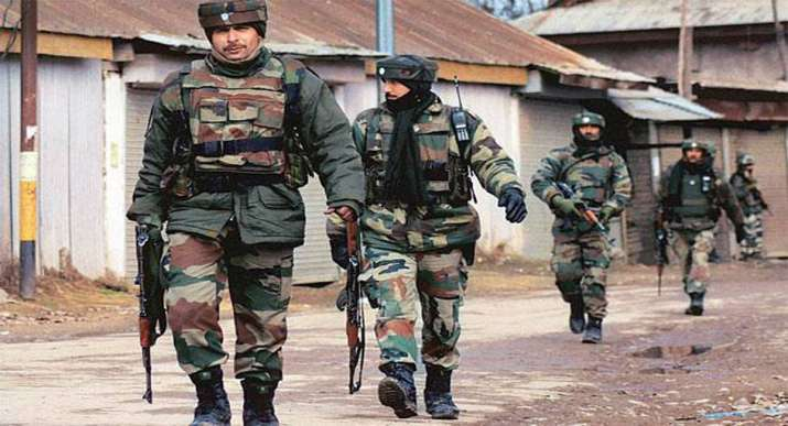 Amarnath Yatra suspended from Jammu to Srinagar amid shutdown call- India TV