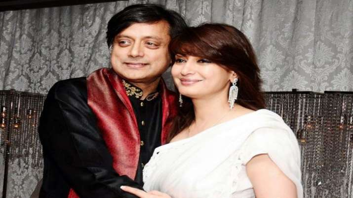 Sashi Tharoor and Sunanda Pushkar- India TV