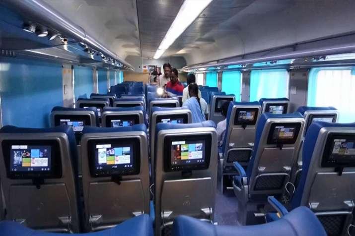 यह एक्सप्रेस ट्रेन होगी प्राइवेट कंपनी द्वारा चलाई जाने वाली पहली रेल- India TV
