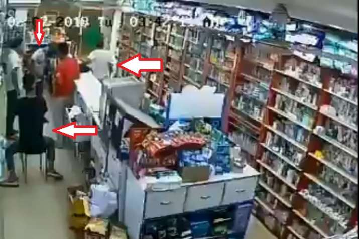 Robbery in medical store- India TV