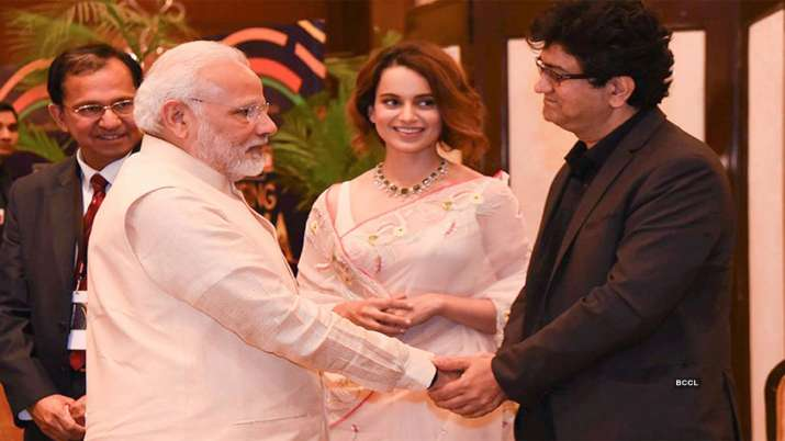 Kangana Prasoon Joshi with PM Modi- India TV