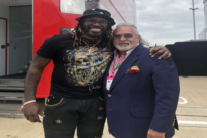 vijay mallya on being trolled over chris gayle picture social media said ask this to your banks- India TV Paisa