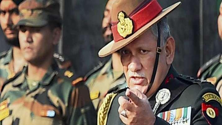 आज श्रीनगर जाएंगे सेना प्रमुख जनरल बिपिन रावत, घाटी में मौजूदा स्थिति का लेंगे जायजा- India TV