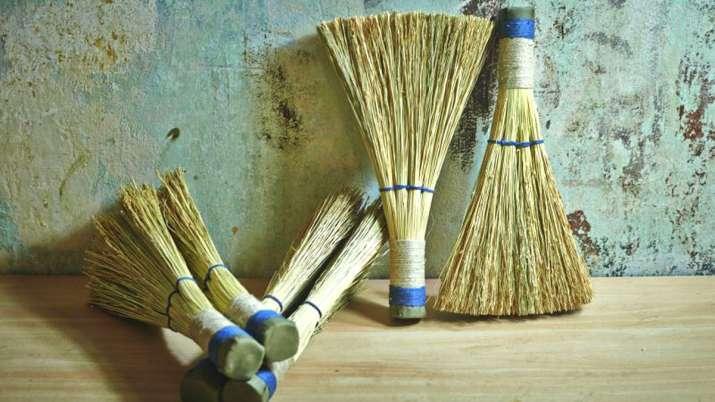 Best Day To Buy Broom- India TV
