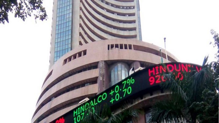 Sensex, Nifty end marginally higher; bank, auto stocks restrict gains- India TV Paisa