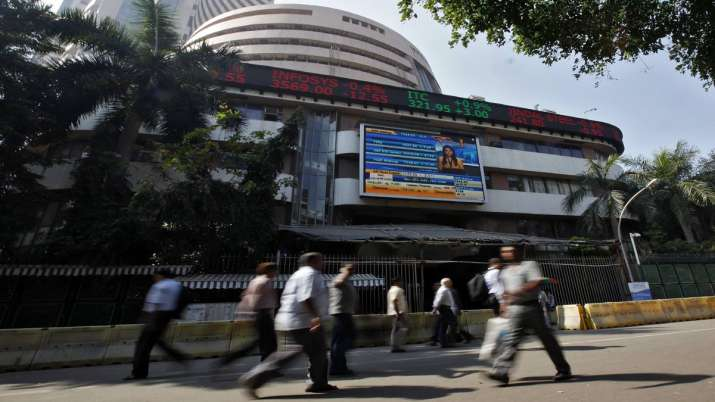 Sensex tanks over 418 points amid Kashmir uncertainty- India TV Paisa