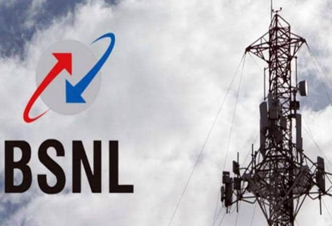 Cash-strapped BSNL chasing dues of Rs 3,000 crore from biz clients - India TV Paisa