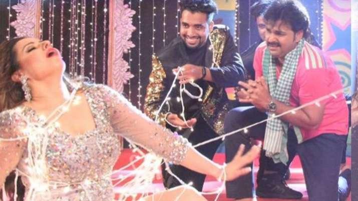 2019 #Pawan Singh & Madhu Sharma Ka Superhit...- India TV