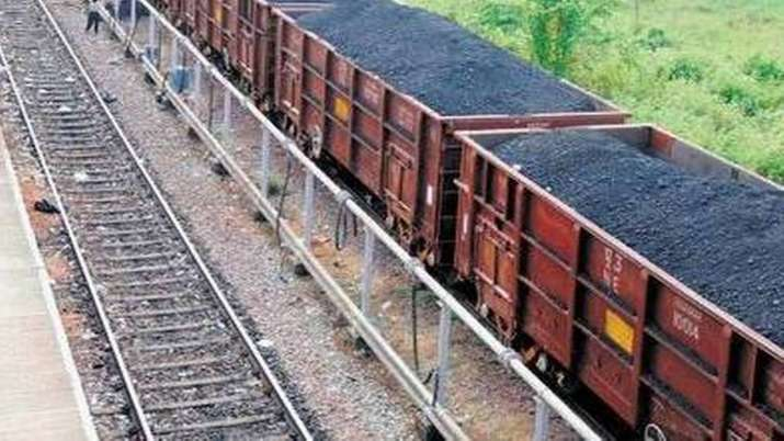CIL to spend Rs 700 cr for procuring 40 rakes to carry coal to power plants- India TV Paisa