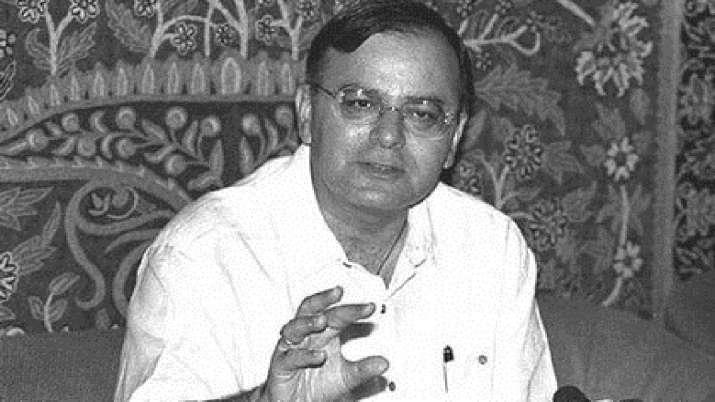 पूर्व वित्त मंत्री...- India TV