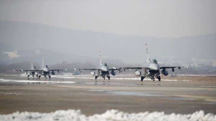 अमेरिका ताइवान को देगा 66 एफ-16 युद्धक विमान, चीन ने दिया परिणाम भुगतने की चेतावनी- India TV