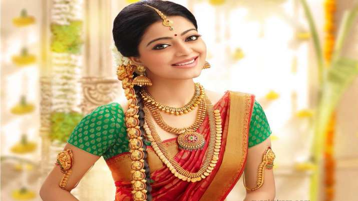 Gold touches new high over Rs 40K per 10gm- India TV Paisa