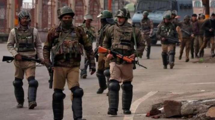 जम्मू-कश्मीर में बलों की तैनाती पर आया गृह मंत्रालय का बयान, घाटी-पाकिस्तान में बढ़ी बेचैनी- India TV