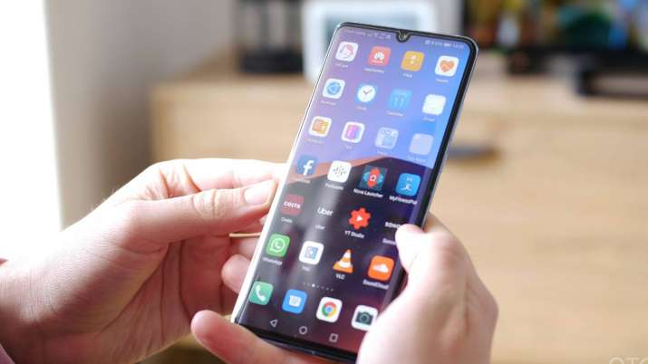 Huawei phone with new operating system expected in 2019- India TV Paisa