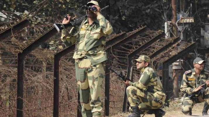 पाकिस्तान के एक और साजिश का खुलासा, एलओसी पर तैनात किए SSG कमांडो- India TV