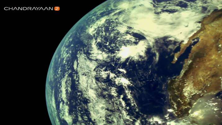 Chandrayaan 2 captures very first and beautiful images of the Earth- India TV