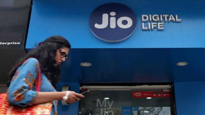 Jio adds 82.6 lakh users- India TV Paisa
