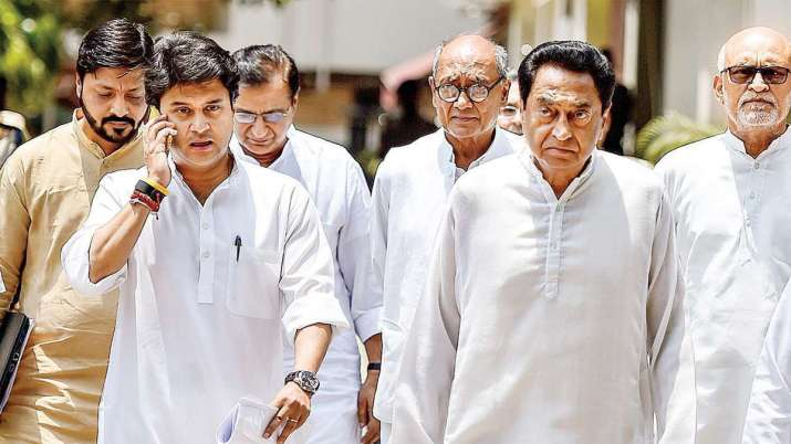 ज्योतिरादित्य सिंधिया के पार्टी छोड़ने की चेतावनी के बाद आई कमलनाथ की सफाई, दिया यह बड़ा बयान- India TV