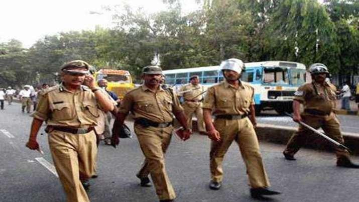 Karnataka Police - India TV
